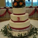 130x130 sq 1287112866989 redmonogramroundhexweddingcakers10
