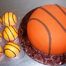 130x130 sq 1288755768432 basketballbirthdaycupcakesrs10