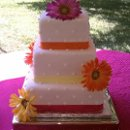 130x130 sq 1310610029999 fondantsquarepushdotdaisyweddingcakers11