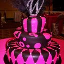 130x130 sq 1326160835052 hotpinkblacktopsyturveyweddingcakers11
