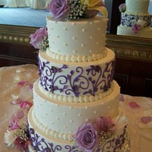 220x220 sq 1326160926442 purplevineweddingcakers11