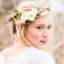 220x220 sq 1444801392549 inspiration shoots snow woods bride 0050