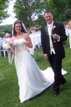 220x220 1447182905031 bride groom