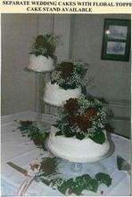 220x220 1467589435 b9fc2a142beb0dd2 three separate cakes 1