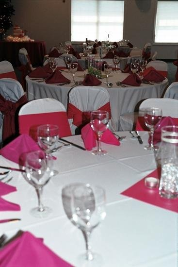 1253654349312 22 Huntingtown wedding venue