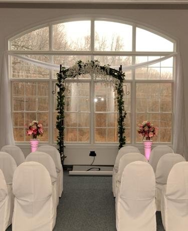 1253655181968 BridalExpo228 Huntingtown wedding venue