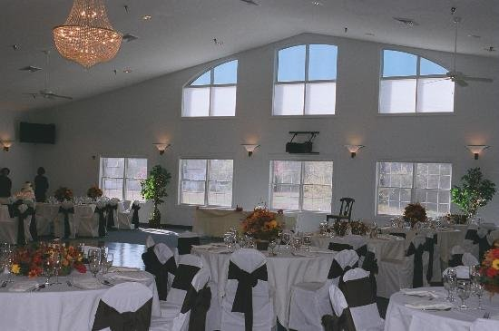 1253656949546 RoomViewFive Huntingtown wedding venue