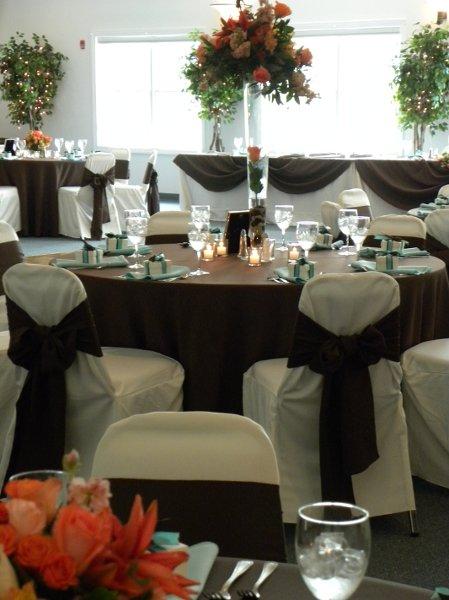 1281983233136 142 Huntingtown wedding venue