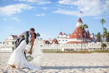 220x220 1390007148203 hotel del coronado beach weddi