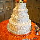 130x130 sq 1363201077716 18knoxvilleweddingcakes