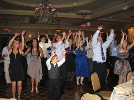 1525066239 344337aaf4483c46 1525066239 62cd3aa1027bfd7a 1525066236270 1 IMG 2123   Red Eye Ridley Park wedding dj