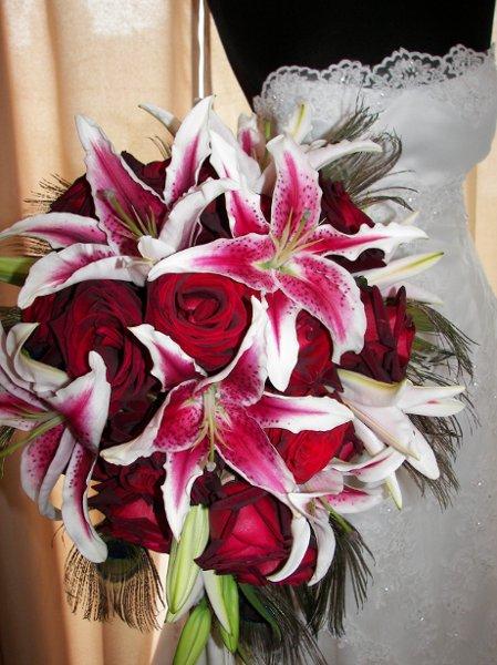 Stargazer Lilies Wedding Bouquet Stargazer Lily Cascade Bouquet