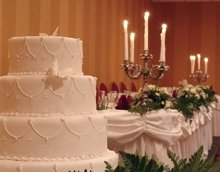 220x220 1209495625181 weddingcake