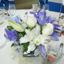 130x130 sq 1223523761985 flowers023