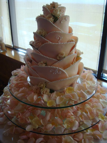 wedding cakes in las vegas nv simple elegance in cake design las vegas nv wedding cake 24683