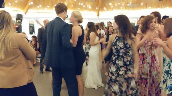 600x600 1468012062760 bride dancing pic