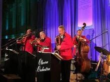 220x220 1453673902 302113f2e5c564ce olivera orchestra w red jackets