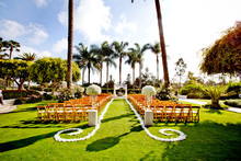 220x220 1417803430547 palm courtyard ceremony 2