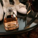 130x130_sq_1203734079968-copyofverawangperfume