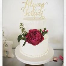 220x220 sq 1517763116 7e1a3cff95b1e7f6 1517763115 e980fddf334924f9 1517763114566 1 buttercreamwedding