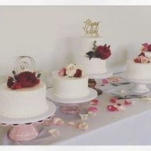 220x220 sq 1517763167 4b96cfb9c44a347e 1517763165 3e88b9be53f61226 1517763165347 3 buttercreamwedding