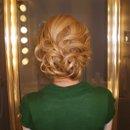 130x130_sq_1258383148593-hair1