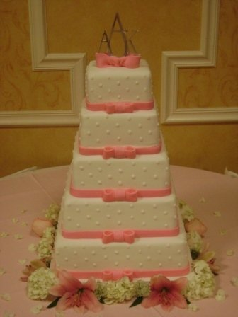 photo 15 of Holly's Cakes LLC