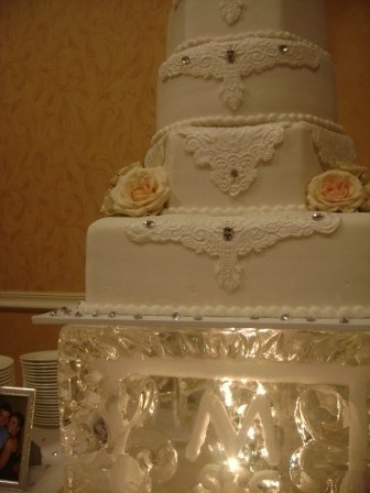 photo 11 of Holly's Cakes LLC