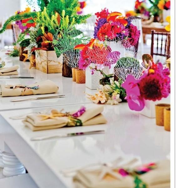 1471623347067 Coloridos Arreglos De Mesas Miami wedding planner