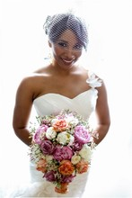 220x220 1384904912604 williamsburgweddingphotographersshanette marquis00