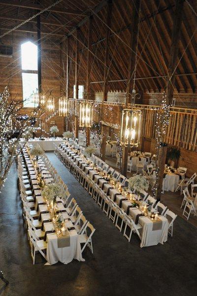 Venue Pratt Place Barn Event Planner Weddings By Karie Floral Designer Jules Design