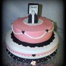 130x130_sq_1364333995326-customcakes313