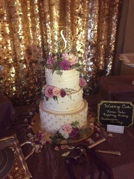 600x600 1515345830 e4885672695abd59 1515345774 580eca10b49ef1c0 1515345841881 7 wedding cake