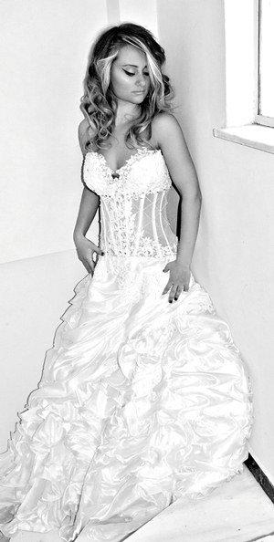 1334301371162 Slide9 Katerini wedding dress