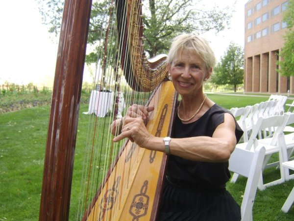 photo 6 of Harp Accents-Mary Ellen Holmes