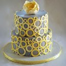 Modern bubbles cake, in grey and yellow.
