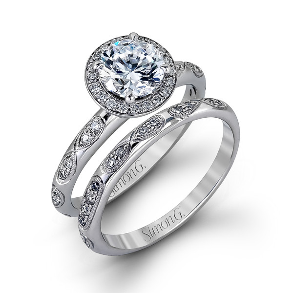 Style	MR1868	<br>	18K white gold set comprised of 0.34ctw round white diamonds.