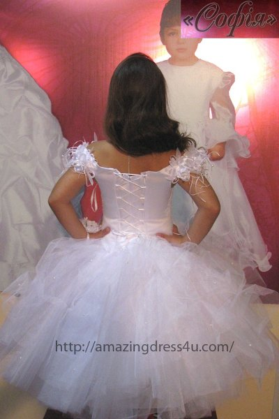 photo 38 of Amazing Dress 4 U