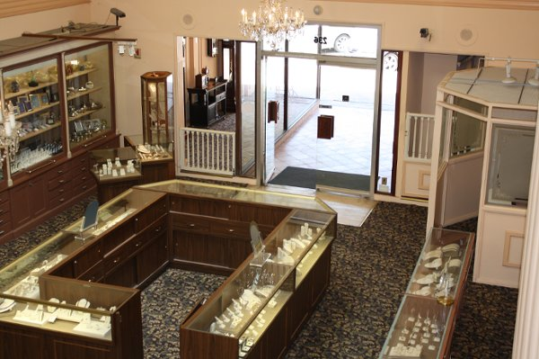 photo 2 of Andrus Jewelers