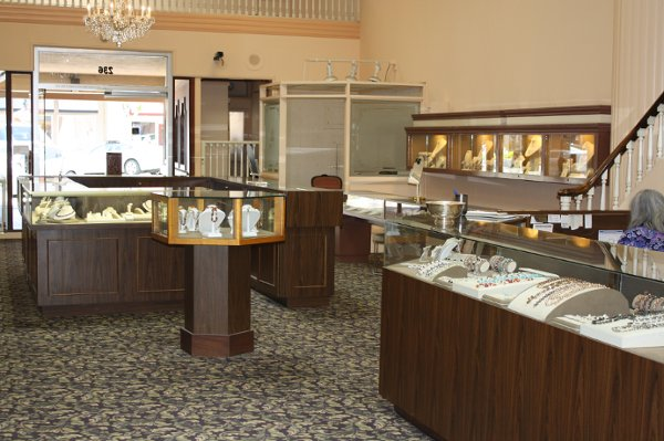 photo 3 of Andrus Jewelers
