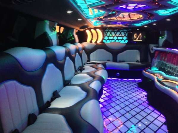 photo 8 of Skyhawk Limousine