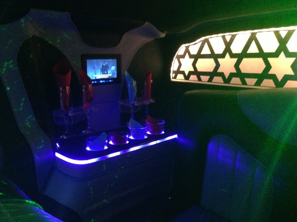 photo 10 of Skyhawk Limousine