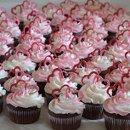 130x130 sq 1337644268047 valentinescupcakes
