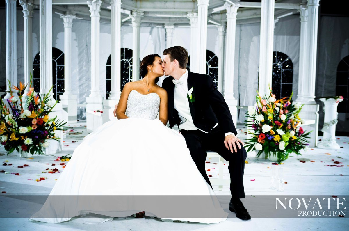 Novate production videography houston tx weddingwire for Wedding dresses on harwin in houston texas
