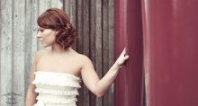 a la Mode UpDo's: Vancouver Wedding Hair Stylist photo