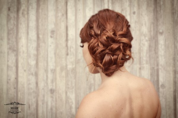 photo 8 of a la Mode UpDo's: Vancouver Wedding Hair Stylist