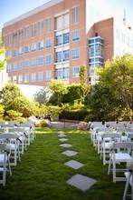 220x220_1408469215730-roof-top-garden-3