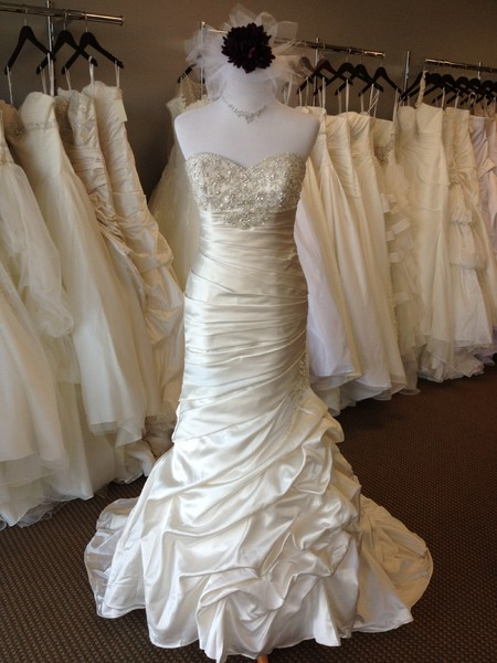bridal boise id wedding dress