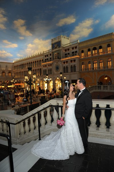 1342901119645 091605117 las vegas wedding venue for Venetian las vegas wedding photos