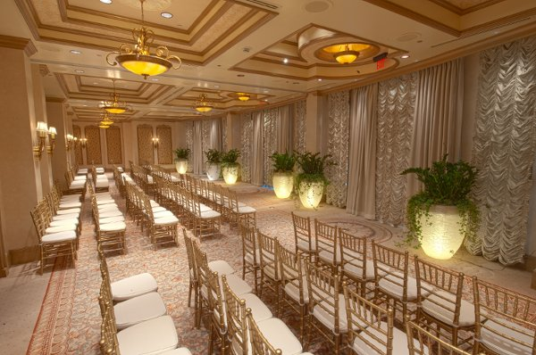 The venetian palazzo hotel weddings las vegas nv for Venetian las vegas wedding photos